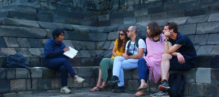 Explaining philosophy of the Borobudur and story of Buddha Life